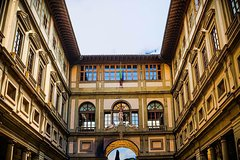 Kids-Friendly Uffizi Gallery Tour in Florence with Skip-the-line Tickets