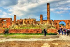 Naples and Pompei one day tour!