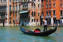 Venice Airport to Hotel with Car & Water Taxi