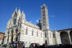 Regular Wine Tour in Chianti and visit of Siena - small group sharing