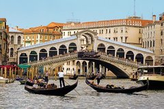 DISCOVER VENICE: Afternoon guided walking tour