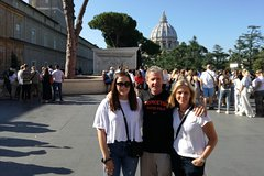 Best of Vatican Sistine Chapel and St.Peters Dome with Skip the Line Access