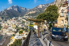 Small-Group Tour of the Amalfi Coast from Sorrento by minivan