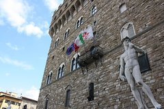 Kids & Families Michelangelo Florence Tour w/ Skip-the-Line Accademia G