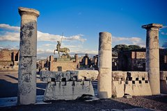 Pompeii Ruins & Mt.Vesuvius with Lunch & Wine Tasting from Rome