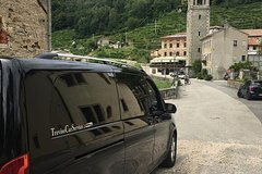 Hills of Veneto and Prosecco Wine tour with driver