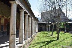 Castello di Lettere (Castle of Lettere) Roman Villas of Stabiae Tour