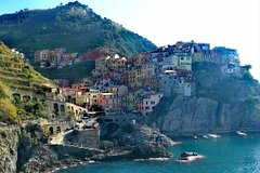 Cinque Terre from Genoa: Private Roundtrip Transfer & Local Driver Disp