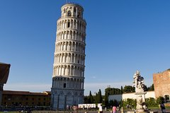 Discover Tuscan Towns Pisa & Lucca w/ Leaning Tower Priority Access