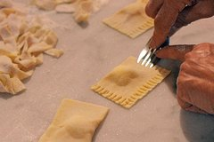 Cooking class in Milan and Market food tour