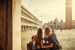Private tour for families with children in Venice