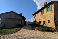 Wine tour and tasting, Organic Farm, 45min from Milan by mini-van (small gr