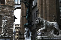 PALAZZO VECCHIO and typical food