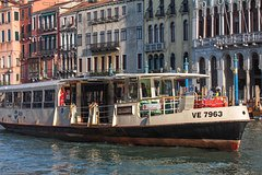 Beyond the gondola - the boats in Venice (free tour to Murano included)
