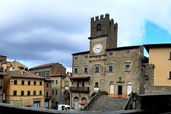 Art & Wine Tour - Daytrip in Cortona and Montepulciano Wineries