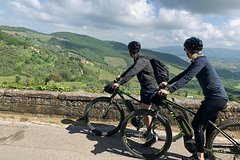 Downhill Bike Tour: Tuscan Hills and Typical Lunch