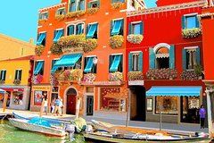 Venice Islands: Murano, Burano, Torcello with Glass Factory Show - Private