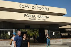 Pompeii Skip-The-Line with Lunch&WineTasting from Rome
