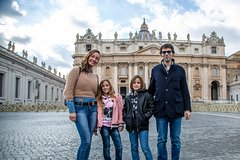 Kids-Friendly Fun & Educational Sistine Chapel & Vatican Fast Acces