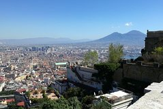 Vesuvius tour and Pompeii excavations including lunch and guide