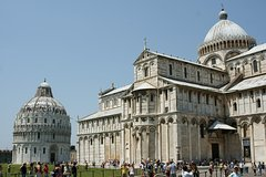 Full-Day Pisa Highlights Private Tour from Genoa Pier