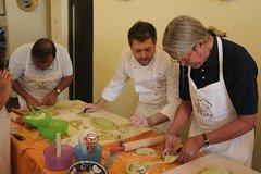5 Days Amalfi Coast, Sorrento, Capri Cooking and Tours Adventure