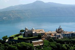 Wine Tasting and boat tour on Lake Albano