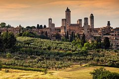Private Guided Day Tour of Tuscany with Wine Tasting and Lunch
