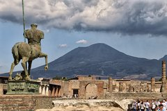 Pompeii Tour While Travelling from Amalfi Coast to Rome