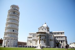 Full-Day Tour in Pisa, Lucca and San Miniato with Pick Up