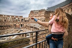 Colosseum and Roman Forum Skip-the-Line Family with Kids Tour