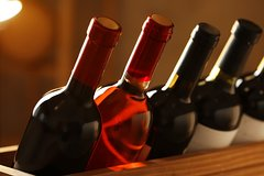 From Italy with Love: Virtual Wine Tasting at your Home, wine shipping incl