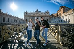 Private Sistine Chapel Tour with other Vatican Must-See Sites as St Peter C