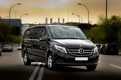 Departure Private Transfer Genoa to La Spezia by Business or Luxury Vehicle