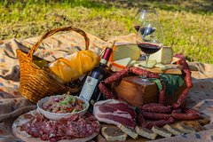 Tuscany tour with gourmet E-Bike picnic for Small Groups from Siena