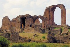 Roman Ancient Aqueducts and Villa of Quintili Private Tour