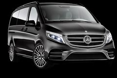 Private Transfer from Brisbane Airport to Noosa for 1 to 4 people