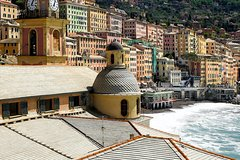 Private full day walking in the romantic Camogli