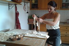 Sono Italiano! Lunch and Cooking Demo in Umbria region Fullday from Rome