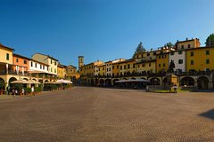 Private daytrip to Siena & Chianti wine country, with wine tasting from