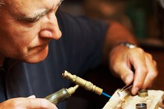 Meet the artisans - Arts & Crafts Private Walking Tour