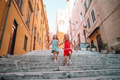 Bella Roma! Funny Family Private Tour - History, Games & Delicacies