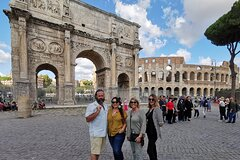 Private Tour of the Colosseum, Forums & Ancient Rome with Skip-the-line