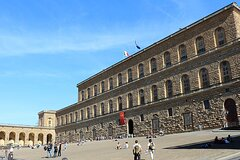 In The Footsteps Of The Medici Family Private Walking Tour