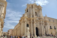 Syracuse And Noto: Private Day Trip From Taormina