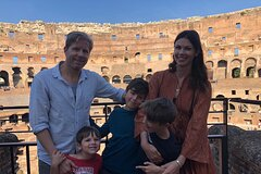 Skip-the-Line Tour of Rome Colosseum, Forums & Palatine Hill with Local