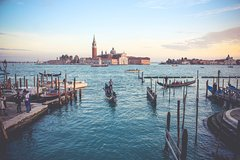 Touristic highlights of Venice on a Private half day tour with a local