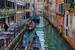 Private tour of Photography at best locations in Venice with a local