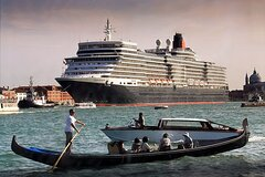 Private Water Taxi from Venice Airport to Venice Cruise Terminal