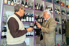Small group tour Wine Shopping Tour with a Sommelier for locals
